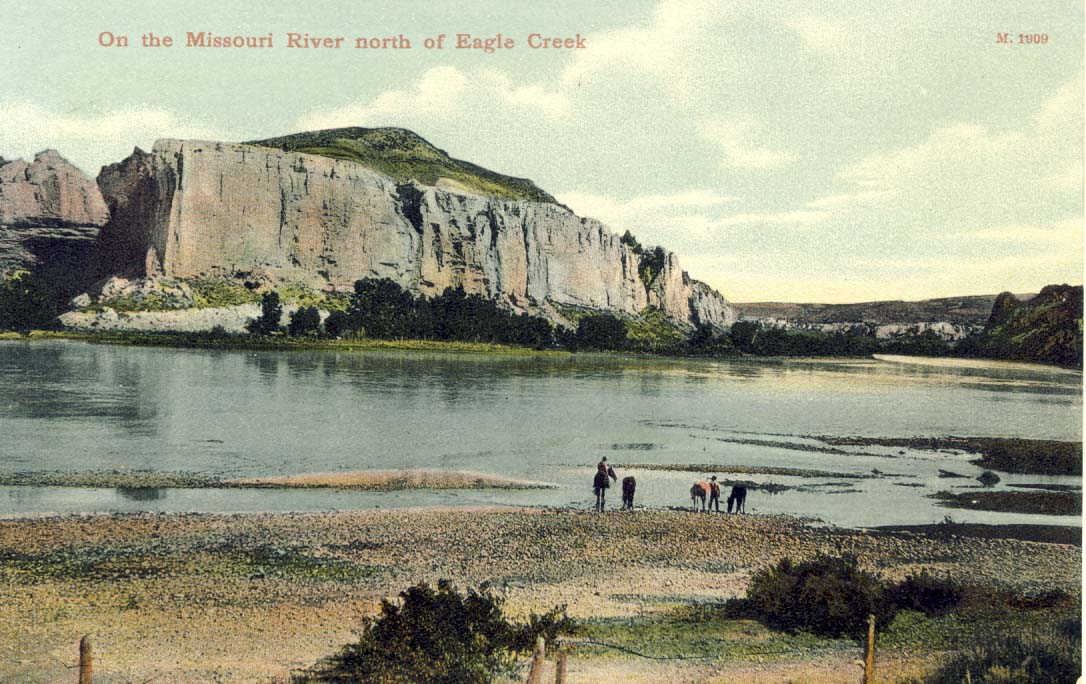 On the Missouri River north of Eagle Creek postcard