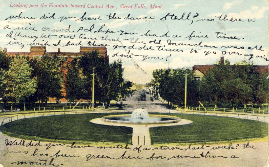 Looking past the Fountain toward Central Ave, Great Falls, Montana postcard