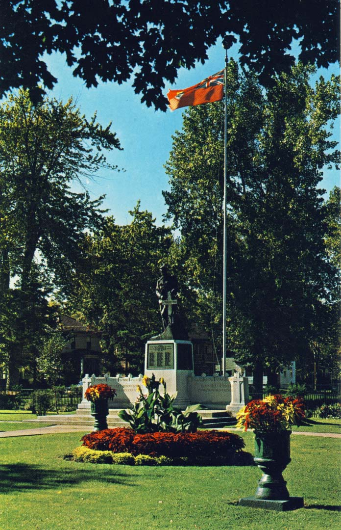 War Memorial, Cornwall, Ontario, Canada postcard
